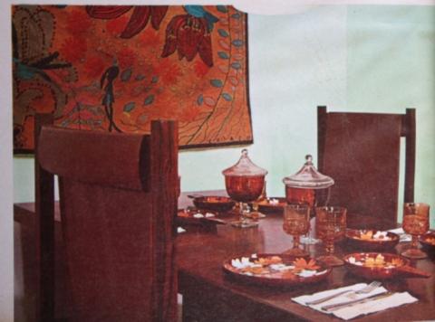 Tora Arquitetura e Equipamentos Exclusivos materia Casa e Jardim ago 1969 sala de jantar e tapeçaria de Madeleine Colaço